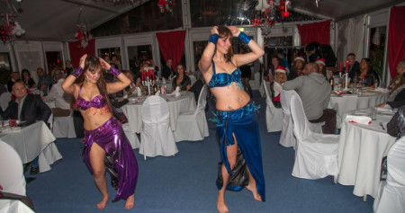 Buikdanseressen bij Yamas, Almere